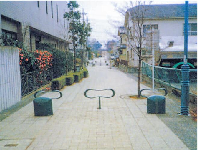 【道路】補助線第17号路線街路整備(その1)工事